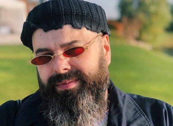 Макс Фадеев продолжает борьбу с лишним весом и мошенниками