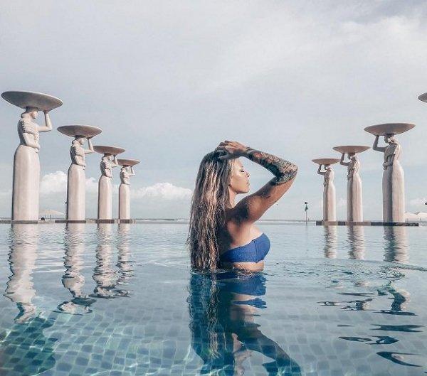Рита Дакота отдыхает в самом дорогом отеле острова Бали