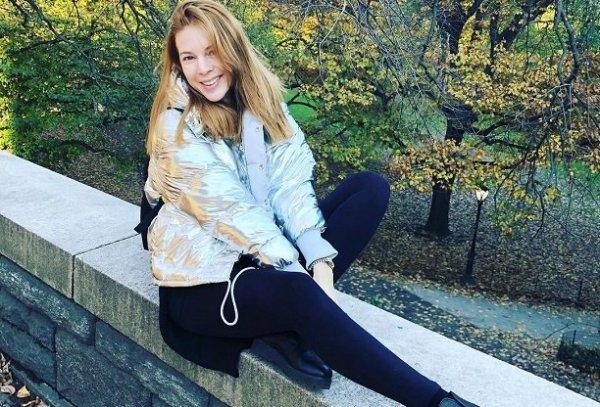 Наталья Подольская продемонстрировала идеально плоский животик