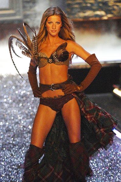 """Жизель Бундхен призналась, что чувствовала себя некомфортно в роли """"ангела"""" Victoria's Secret"""