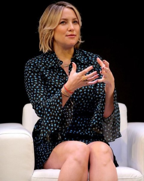 Кейт Хадсон появилась на благотворительном мероприятии Майкла Корса