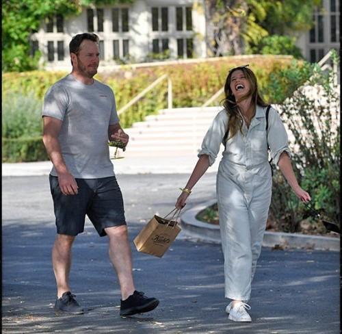 Крис Пратт помогает пострадавшим от пожара в Калифорнии