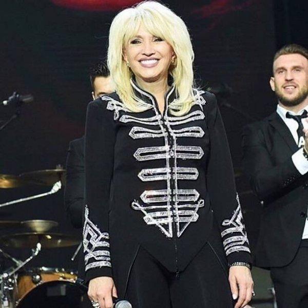 Ирина Аллегрова попросила охранников следить за тем, чтобы во время концерта её не снимали