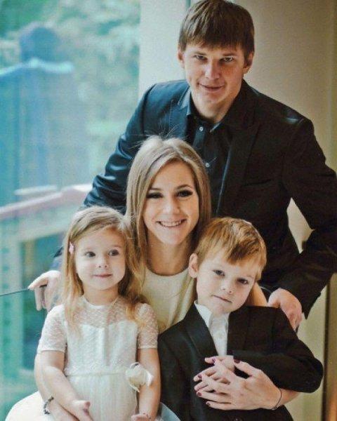 Children of Julia Baranovskaya (sons and daughter)