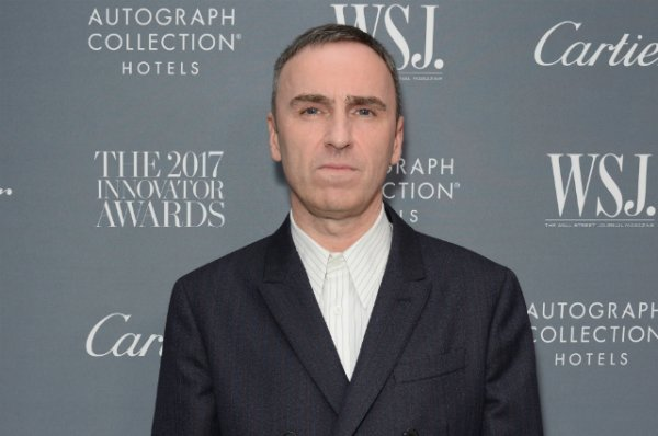 Раф Симонс уходит с поста креативного директора Calvin Klein