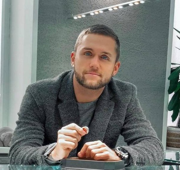 Влад Соколовский перестал скрывать свою любовь