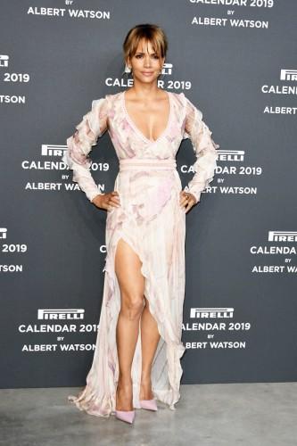 Календарь Pirelli 2019: Джиджи Хадид и Холли Берри в Милане