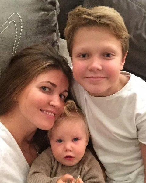 Известная ведущая, мама 4-ых детей Ирина Шадрина сбежала из России