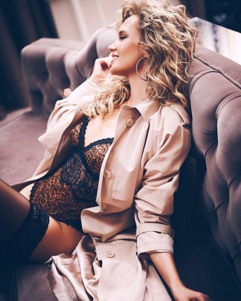 Певица Глюкоза (Наташа Ионова) представила эротическую фотосессию (видео)