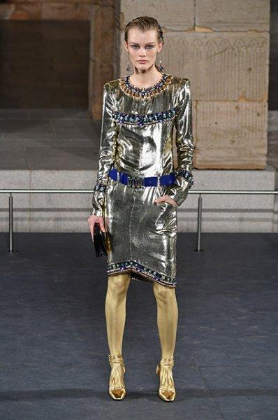 Пенелопа Крус, Марго Робби, Марион Котийяр, Лили-Роуз Депп и другие звезды на показе Chanel Metiers d'Art