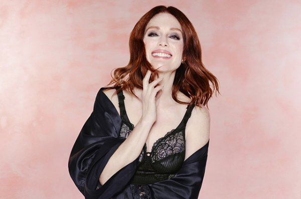 Модный дайджест: от рекламы с Джулианной Мур и Дженнифер Лопес до аудио-fashion-show