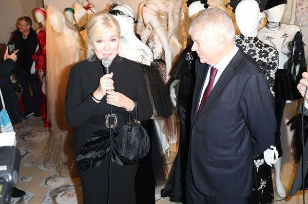 Наталья Водянова, Даша Веледеева и другие гости на открытии выставки в Париже