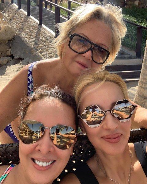 Лера Кудрявцева разместила пляжную фотосессию в купальнике на отдыхе в Оман