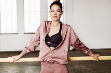 Fashion digest: dancing with Doutzen Croesus to the collaboration with Alexei Navalny