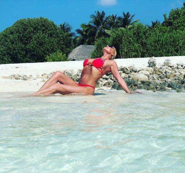 Анастасия Волочкова вновь подтвердила своё желание остаться жить на Мальдивах