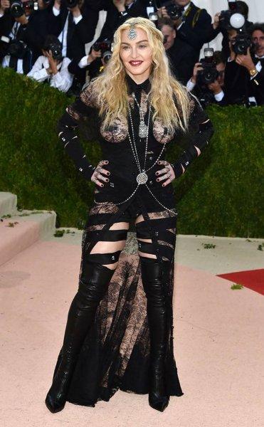 60-летняя Мадонна показала своё фото 10-летней давности: поклонники в шоке