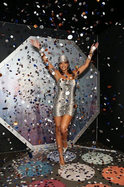 Рианна запустит собственный люксовый бренд совместно с LVMH