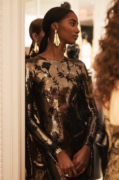 Неделя моды в Нью-Йорке: Рози Хантингтон-Уайтли, Белла Хадид и другие на показе Ralph Lauren сезона весна/лето-2019