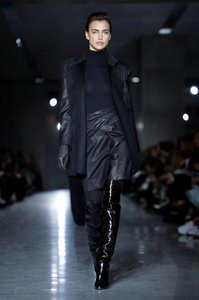 Неделя моды в Милане: Ирина Шейк, Кайя Гербер, Белла Хадид на показе Max Mara сезона осень-зима 2019/2020