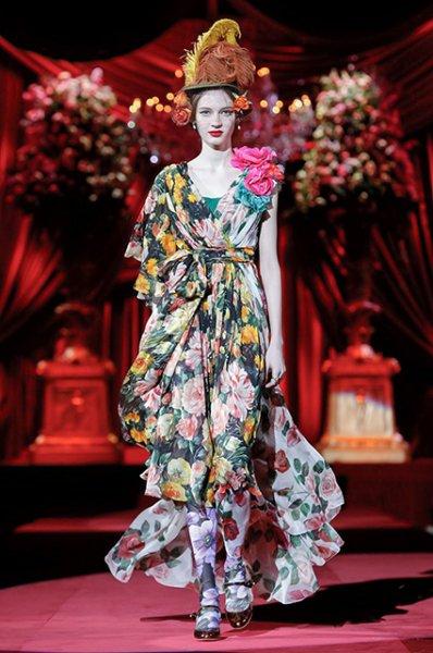 Неделя моды в Милане: Китти Спенсер на показе Dolce&Gabbana сезона осень-зима 2019/2020