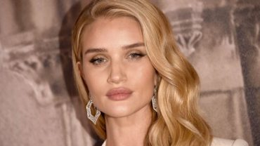 Rosie Huntington-Whiteley has personally presented the collection of underwear: fans not happy