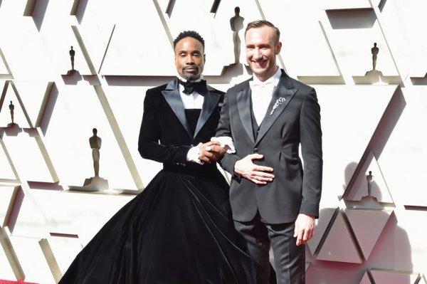 «Главная звезда» красной дорожки «Оскара» Билли Портер поведал, почему он пришел на премию в пышном платье-смокинге