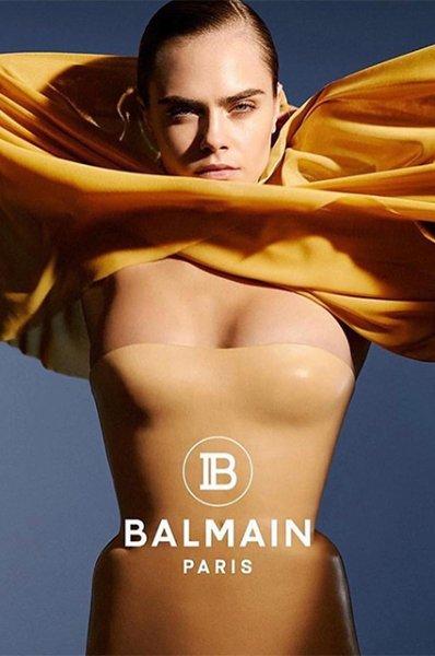 Девушка и море: обнаженная Кара Делевинь снялась в новом видео для Balmain