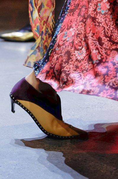 Неделя моды в Нью-Йорке: Белла Хадид, Эшли Грэм, Кэндис Свейнпол на показе Prabal Gurung осень-зима 2019/2020
