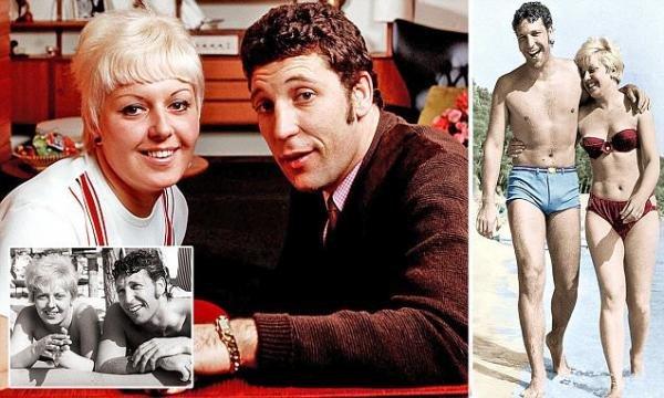 Tom Jones personal life (wife, children)