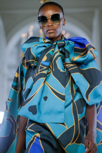 Неделя моды в Париже: Синди Бруна, Коко Роша и другие на показе Elie Saab осень-зима 2019/2020