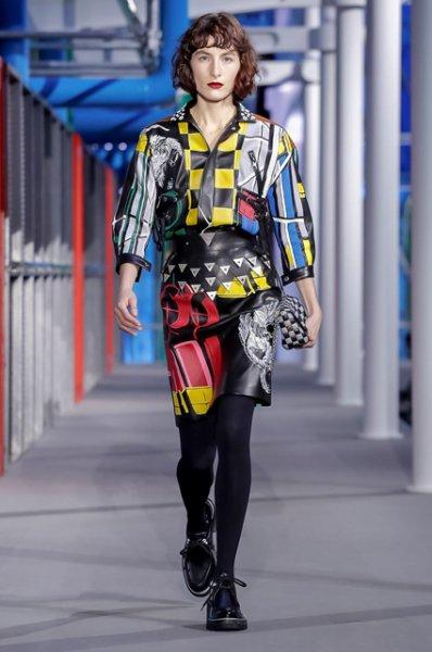 Неделя моды в Париже: Эмма Стоун, Сиенна Миллер, Алисия Викандер, Наталья Водянова на показе Louis Vuitton
