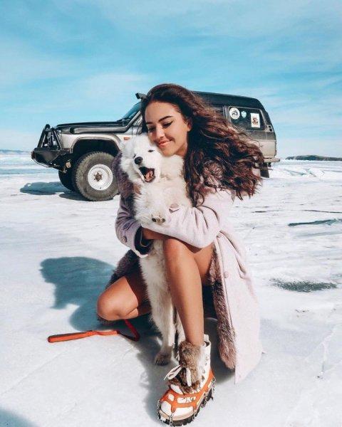 Кристина Крайт разделась ради спасения Байкала