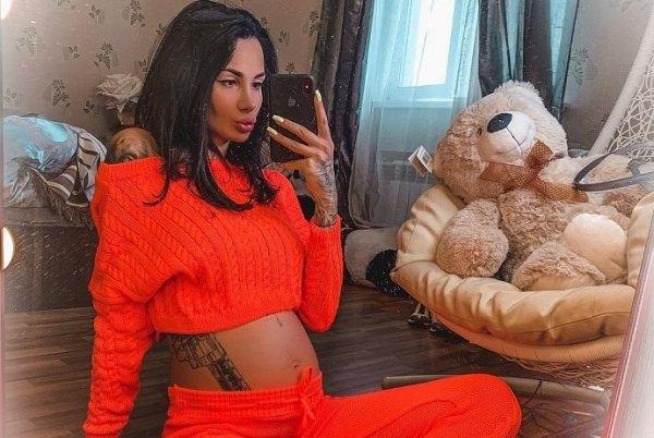 Беременная Саша Кабаева узнала пол будущего малыша