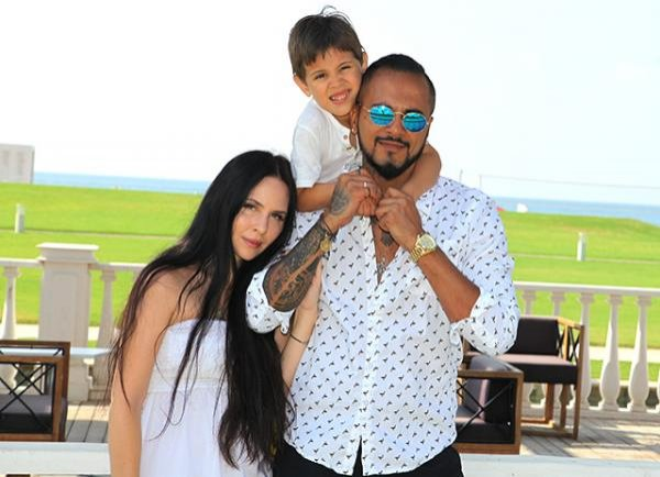 Singer Nathan: personal life (wife, children)