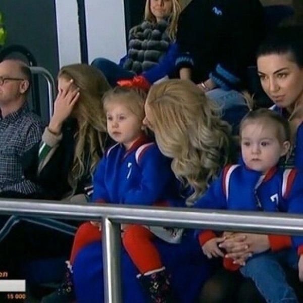 Пелагея и Иван Телегин впервые показали лицо дочери Таисии