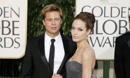 Анджелина Джоли вернула свою фамилию