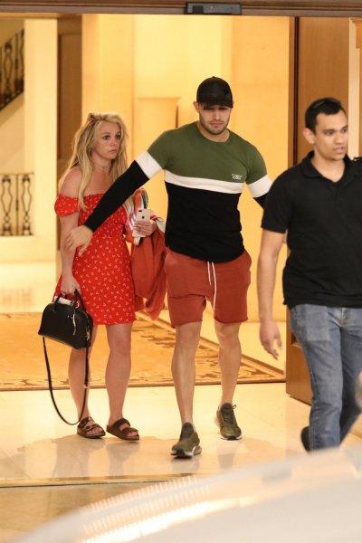 Поклонники Бритни Спирс шокированы внешним видом певицы после клиники