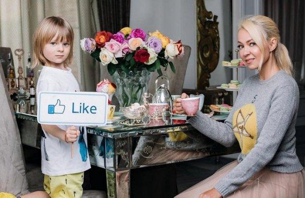 Яна Рудковская выбирает невесту для 6-летнего сына