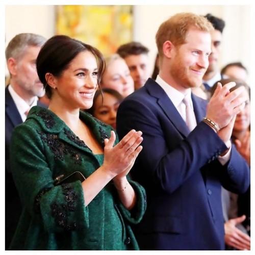 Меган Маркл и принц Гарри благодарят поклонников за благотворительную деятельность