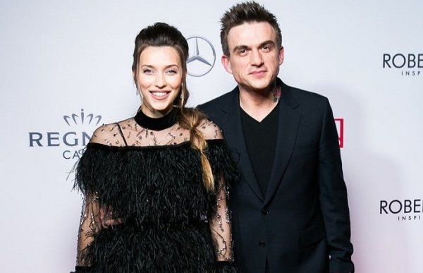 Регина Тодоренко случайно показала сына Майкла во время сеанса массажа