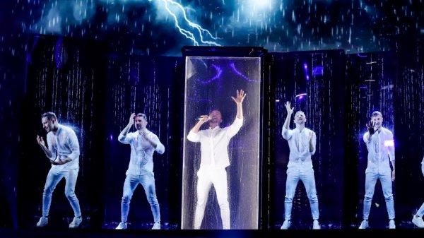 Считанные часы остались до выступления Сергея Лазарева на «Евровидении»