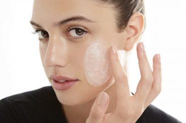 "Wanted: a ""disappearing"" patches for cleansing the face, Artis"