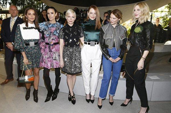 Алисия Викандер, Эмма Стоун, Наталья Водянова, Кейт Бланшетт и другие звезды на показе Louis Vuitton Cruise 2020