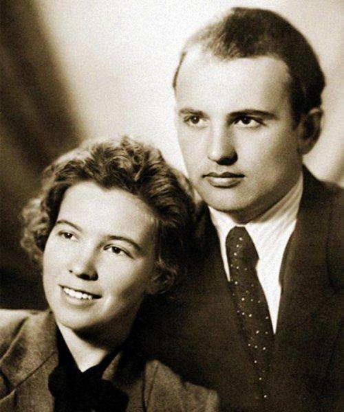 Mikhail Gorbachev: personal life (wife, children)