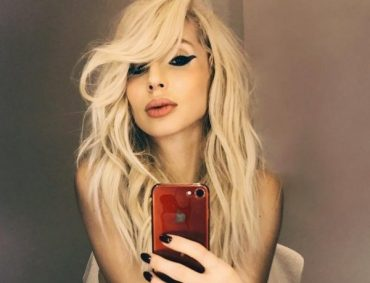 Svetlana Loboda showed a photo of the younger daughter on her first birthday