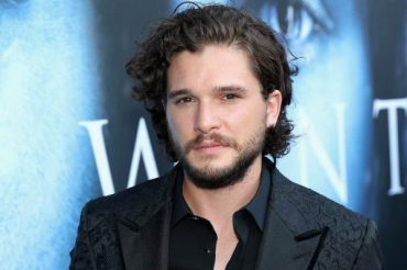 """The star of """"Game of thrones"""" kit Harington was in a rehabilitation center"""