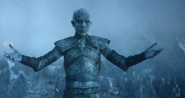 Фанаты «Игры престолов» в ярости от финальго сезона и требуют его переснять