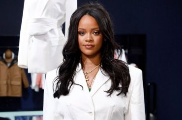 Rihanna in white mini dress presented her collection in Paris