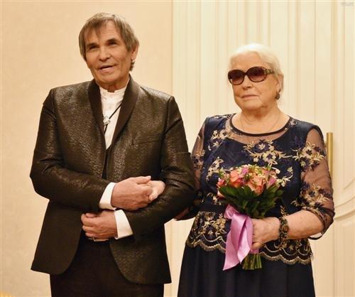 Бари Алибасов экстренно доставлен в больницу