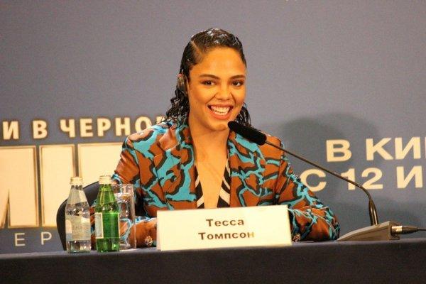 Горячий приём для «Людей в чёрном»: Крис Хемсворт и Тесса Томпсон в Москве